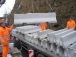 Montáž betonových svodidel